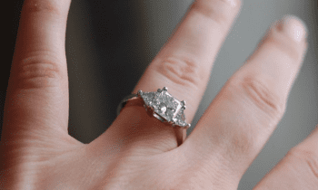 How to find out her ring size without her knowing
