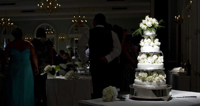 Why Your Wedding Cake Doesn't Have To Be Expensive